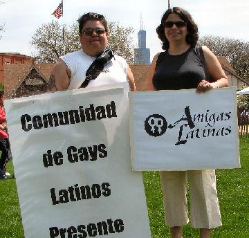 Amigas latinas.jpg